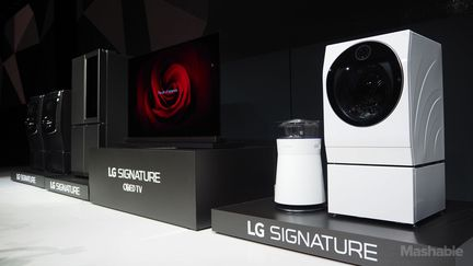 ces 2016 lg pr sente signature sa nouvelle marque haut de gamme. Black Bedroom Furniture Sets. Home Design Ideas