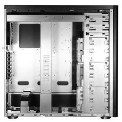 Lian Li PC-A77F intérieur