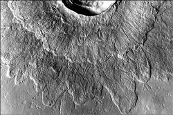 Mars cratère double couche