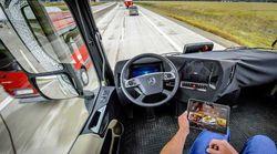 mercedes camion sans chauffeur