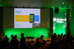 MIcrosoft Windows Phone 7 Conf 01