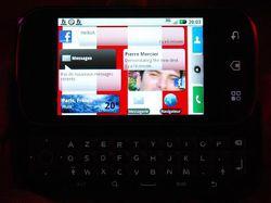 Motorola Dext Motoblur 04