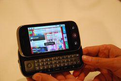 Motorola Dext Motoblur 14