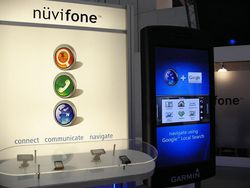 MWC 2008 Garmin nuvifone 01