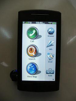 MWC 2008 Garmin nuvifone 02