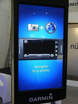 MWC 2008 Garmin nuvifone 06