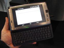 MWC 2008 HTC Shift 01