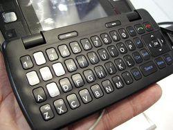 MWC 2008 LG KT610 04