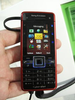 MWC 2008 Sony Ericsson C902 01