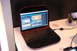 MWC Lenovo Skylight 01