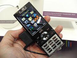 MWC Sony Ericsson W995 02