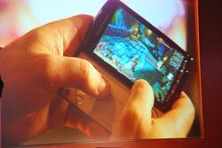 MWC Sony Ericsson Xperia Play 03