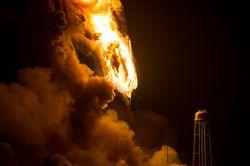 NASA-explosion-Antares-3