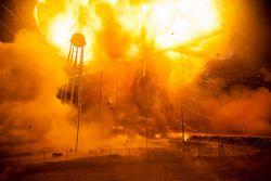 NASA-explosion-Antares-4