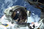 ISS : de l'eau s'infiltre dans le casque d'un astronaute pendant une sortie dans l'espace