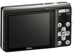 Nikon_CoolPix_S560 02