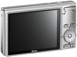 Nikon_CoolPix_S610 02
