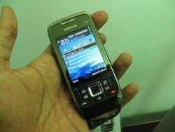 Nokia E66 01