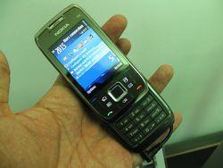 Nokia E66 02