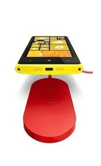 Nokia_savon_chargeur_Lumia_Qi-GNT
