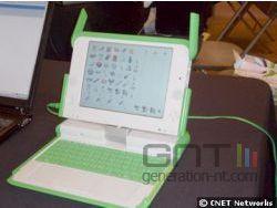 Olpc prototype b1 par qantas novembre 2006 small