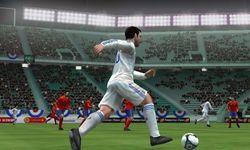 PES 2011 3D (2)