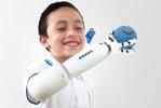 Iko : une prothèse robotique ludique fabriquée par Lego