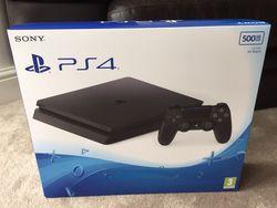 PS4 Slim - 6