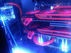Radeon HD 7990 CrossFire