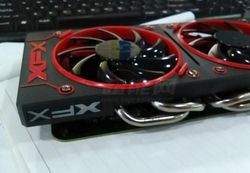 Radeon R9 380X (1)