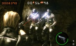 Resident Evil The Mercenaries 3D - 4