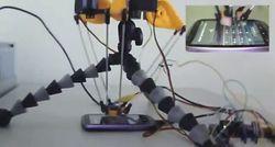 robot R2B2