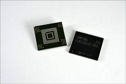 Samsung_64Go_eMMC_Pro_Class_2000-GNT