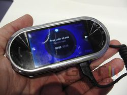 Samsung BEAT M7600 03