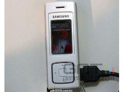 Samsung f200 ferme small