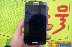 Samsung Galaxy  S IV 01