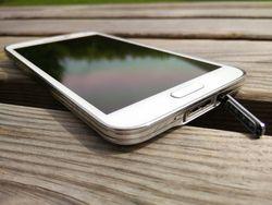 Samsung_Galaxy_S5_MicroUSB3
