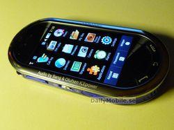 Samsung M7600 1