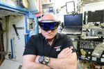 Scott-Kelly-HoloLens