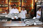 Singapour drones service restaurant
