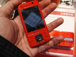 Sony Ericsson C903 02