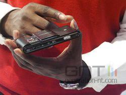 Sony Ericsson idou 03
