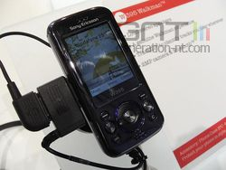 Sony Ericsson W395 01