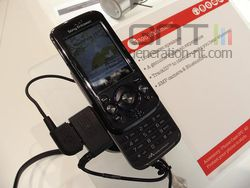 Sony Ericsson W395 02
