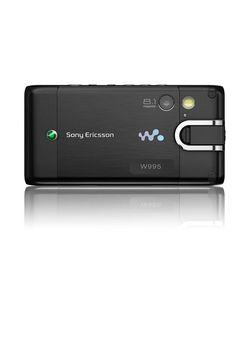 Sony Ericsson W995 5