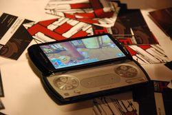 Sony Ericsson Xperia Play 01