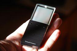 Sony Ericsson Xperia Pureness 09