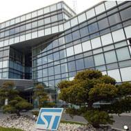 STMicroelectronics HQ logo pro