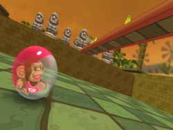 Super Monkey Ball : Step & Roll - 8