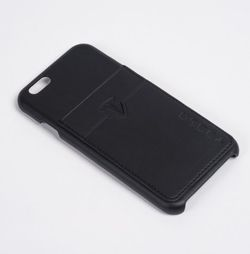 Tesla coque iPhone 1